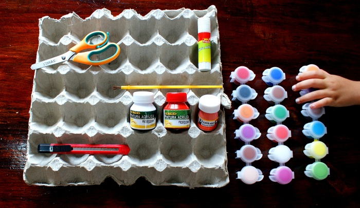 Materials for DIY Egg Carton Flower Trinket Container (Photo/Kendra Yost)